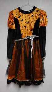 CHILD WITCH COSTUME Size L