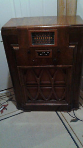 Radio Record Player