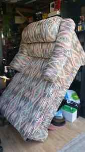 CHAIR /X-LARGE CHAISE LOUNGER NEW.. Windsor Region Ontario image 1