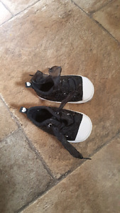 Size 9-12 month lace up infants shoes