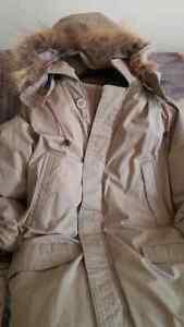 Down coat for men/women Windsor Region Ontario image 4