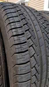 4 X 245-45-17 Pirelli Summer/All-Season Tires Pneus Ete