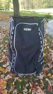 Junior Grit HYSE Hockey Bag Cambridge Kitchener Area image 1