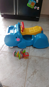 Kids toy fisher price peek a blocks and go hippo