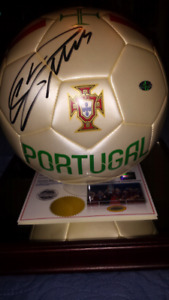 Cristiano Ronaldo signed & authenticated soccer ball