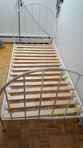 Solid Metal Single Bed Frame   Price Reduce for quick Sale!!