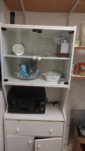 Kitchen Cabinet MOVING SALE!!!! NEEDS TO GO QUICK!!!