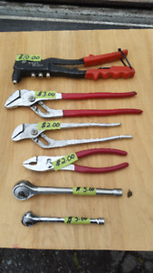 VARIOUS HAND TOOLS LOT 1