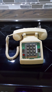 Western Electric Phone 2500 w Light up Link Button - Hearing Im