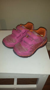Pink Geox Runners Size 10 London Ontario image 1