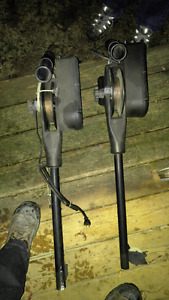 Pair of electric cannon downriggers.