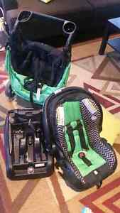 Stroller and carseat Evenflo Travel System