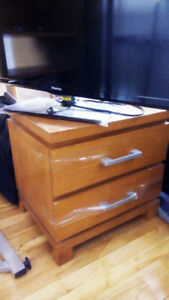 Wood Nightstand 2-Drawer Chest