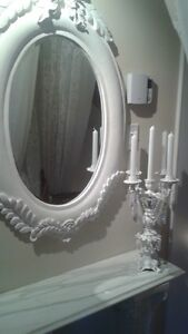 Miroir,Chandelier,Colonne + Tablette en Marbre,Chaise Antique.