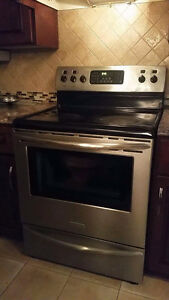 Frigidaire Professional Series Convection Stove