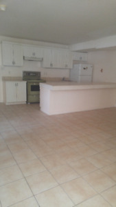 Available  May 1 - 4 Bedroom Apartment
