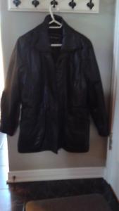 Manteau en cuir véritable noir de Dimitri