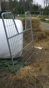 Stall Gate with mounting hardware