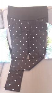 2 Super Pantalons maternité neufs 20$/2!!!