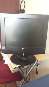 LG TV and Monitor together