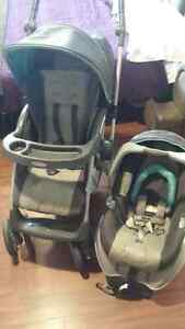 Graco Alano Flip It Travel System