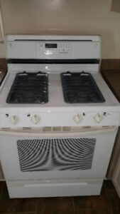 Gas Range Stove - Jenn Air Maytag JGR8850ADW, white