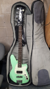 Reverend Decision 4-string bass (great condition)