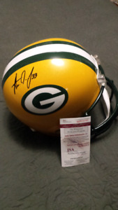 Aaron Jones signed & authenticated