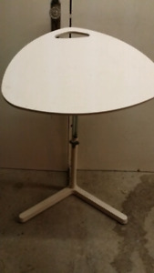 Sit stand work station table