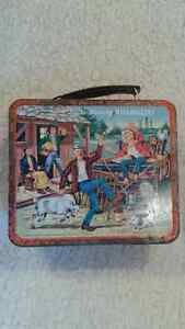 """THE RAT PATROL"" LUNCH BOX"