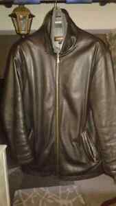 DANIER 100% GENUINE LEATHER COAT - LOW PRICE, BRAND NEW-LIKE Windsor Region Ontario image 3