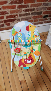 FIBRATING BABY CHAIR