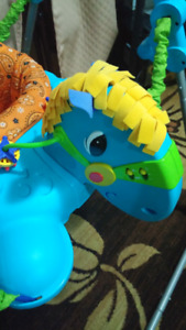 Baby musical jumping exersaucer