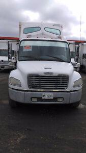 2005 Freightliner M2 + job