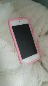 IPod touch with cases and headphones