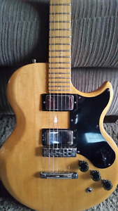 Gibson L6-S 1975