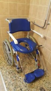 Shower chair/commode chair