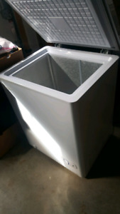 """Selling a 21""""x32"""" used Danby apartment size freezer"""