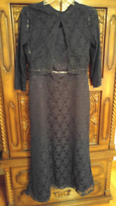 Formal Dresses and Night gown- Robes d'Occasion- Robe de Chambre