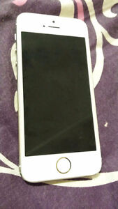 Iphone 5s gold (Factory Unlocked)