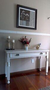 Impeccable table console d'appoint ,bureau,desserte Shabby chic