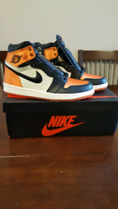 Jordan 1 Shattered Backboard Satin size 8.5 women's