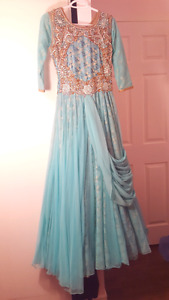 Indian Dresses At Bottom Prices