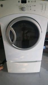 GE Dryer with pedestal