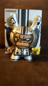 Kid Robot 8 inch Dunny