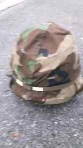 Army helmet  Kingston Kingston Area image 2