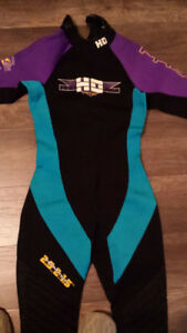 Women's wet suit