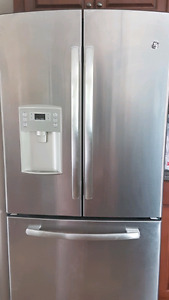 SOLD - LIKE NEW - GE STAINLESS STEEL FRENCH DOOR FRIDGE