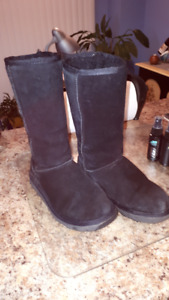 Childs Black Uggs