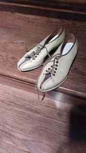 Vintage 1950's leather ladies bowling shoes